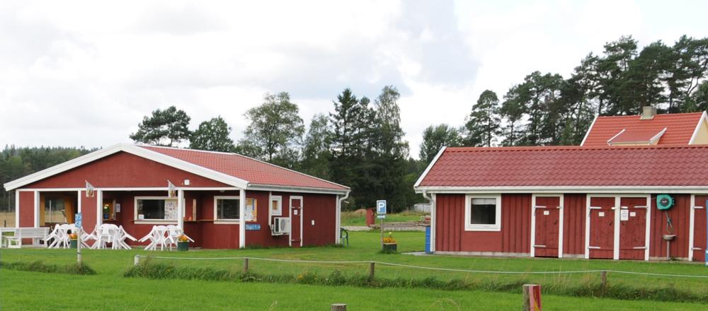 Familjecampingen i anslutning till Bygdegården.